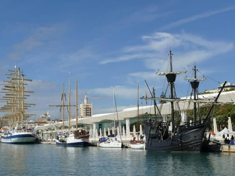 Barcos atracados en Muelle Uno